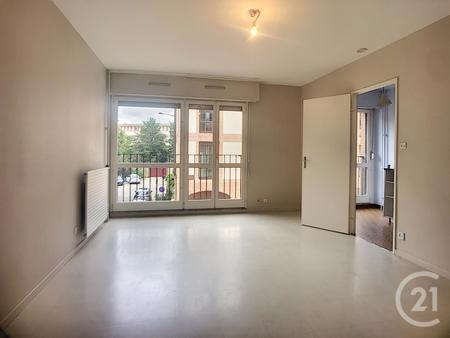 Appartement F1 à louer - 1 pièce - 30,0 m2 - TROYES - 10 - CHAMPAGNE-ARDENNE