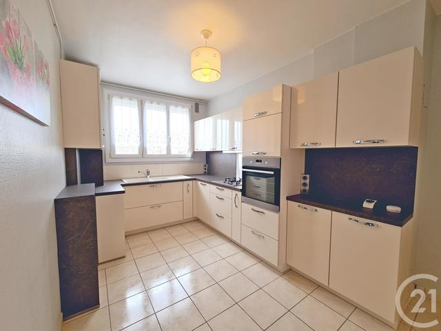 Appartement F4 à vendre - 4 pièces - 80,0 m2 - TROYES - 10 - CHAMPAGNE-ARDENNE