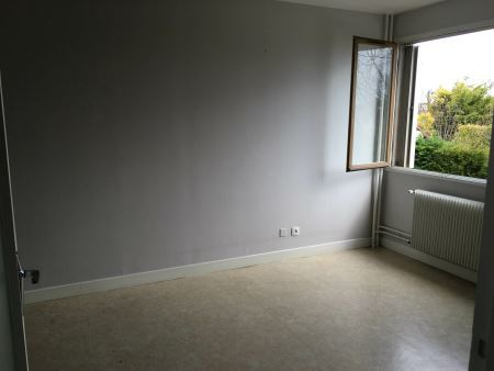 Appartement à louer - 1 pièce - 25 m2 - TROYES - 10 - CHAMPAGNE-ARDENNE